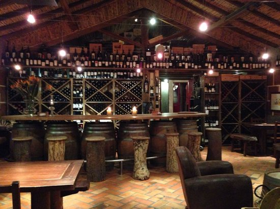tasca do celso : Sala de vinhos