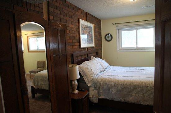 Linda's Inn B&B: Family Room