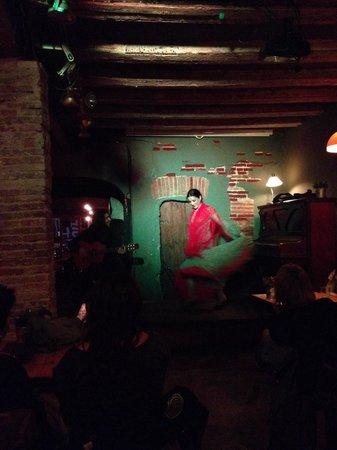 Gipsy Lou: Flamenco show