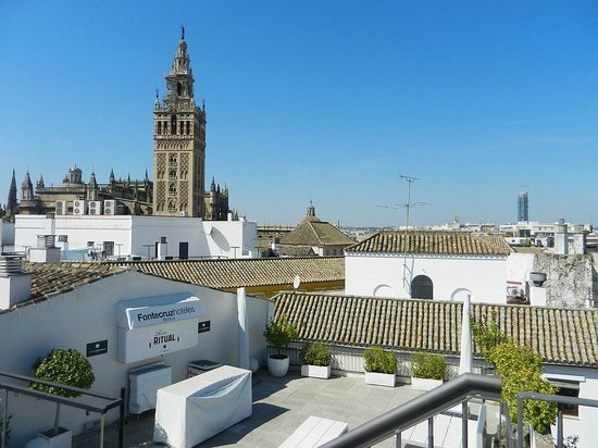 Eurostars Sevilla Boutique : Aussicht von der Terrasse