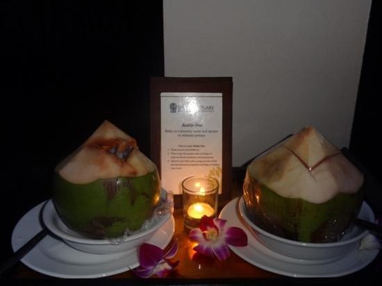 Banyan Tree Spa Phuket: Petite surprise chaque soir !