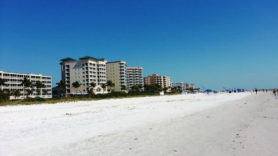 Fort Myers Beach: North end condos/ resorts