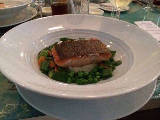 Marea By Rausch: salmon on a bed of peas and mashed potatoes