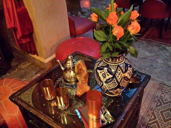 Ryad Noura : Mint tea