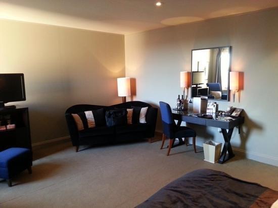 Malmaison Hotel Edinburgh : spacious room