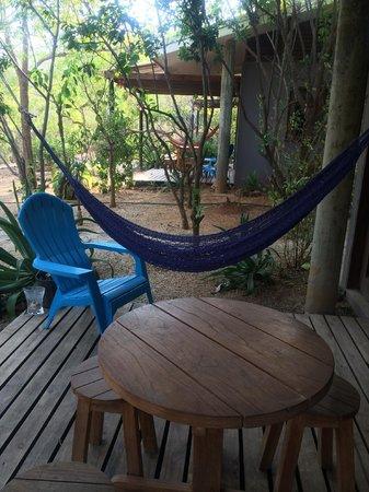 Las Avellanas Villas: El deck para un desayuno afuera