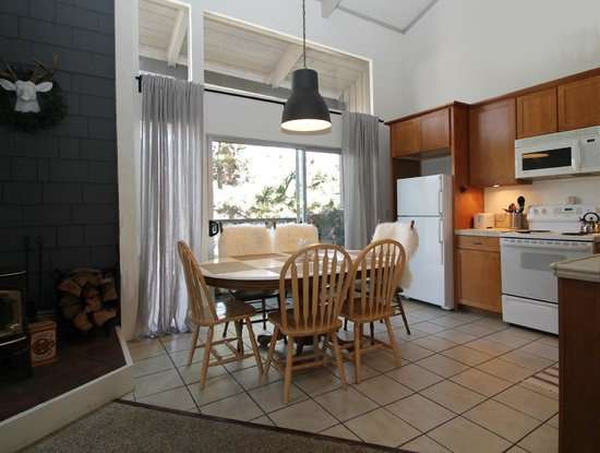 Sierra Park Villas : Kitchen