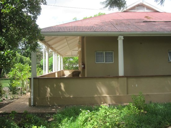 Bisibee Guest House: The veranda