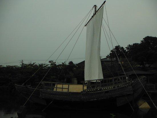 Hiyoriyama Park : 日和山公園(千石船/北前船)