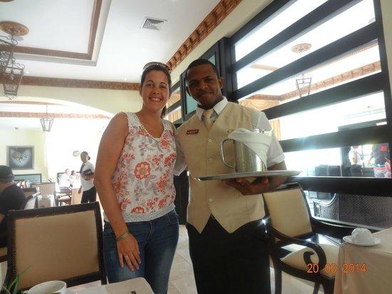 TRS Turquesa Hotel: Gracias Juan Eduardo por tu gran atención en el restauranteThe Gourmet