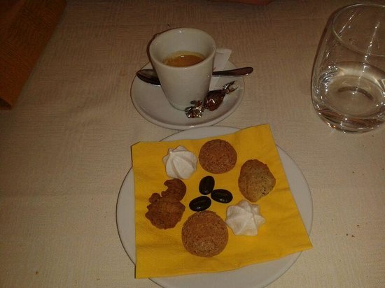 Ristorante Hotel Camino: caffè con biscottini