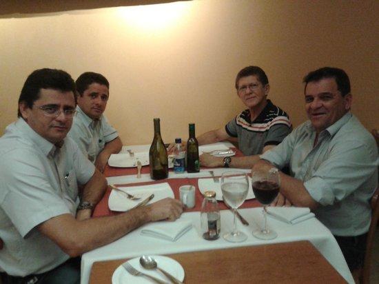 Banzeiro: Jantar de negócios com amigos empresários