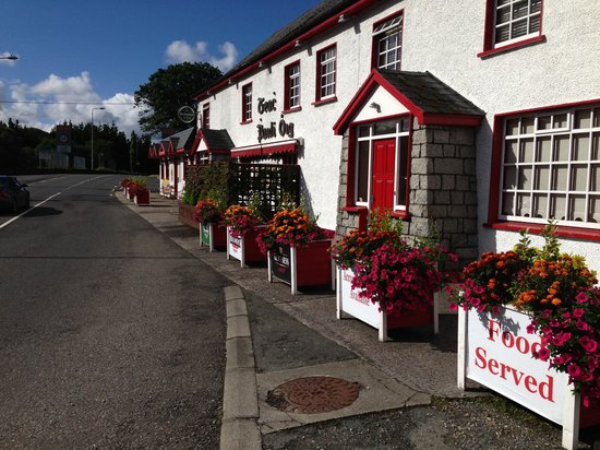 Crolly, Irlanda: The outside