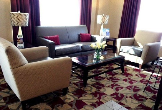 America's Best Inns & Suites: Lobby view