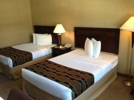 America's Best Inns & Suites: Guest room