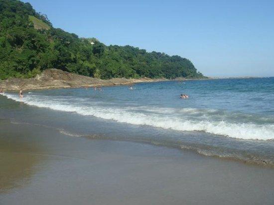 Camburizinho Beach : Praia Camburizinho