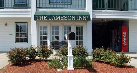 Jameson Inn Oakwood: Exterior view