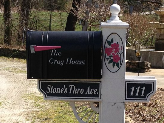 Starr, SC: The Gray House