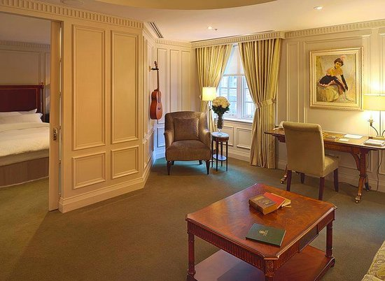Windsor Arms Hotel: Deluxe Suite
