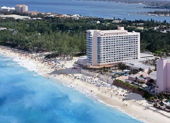Hotel Riu Palace Paradise Island Photo