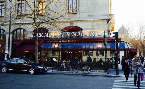 Cafe Restaurant Le Sarah Bernhardt: Внешний вид хорошего кафе