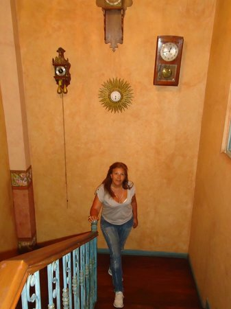 Hostal Ines Maria: Escalera al primer piso