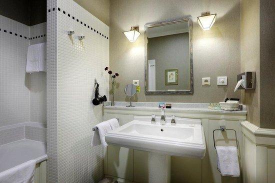 Marrol's Boutique Hotel Bratislava: Bathroom