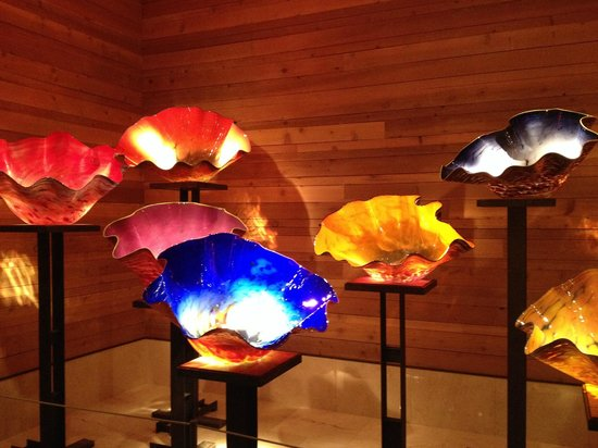 Chihuly Collection : The lighting was superb....