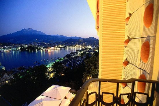 Art Deco Hotel Montana Luzern: Magnificent view from one of our balconies