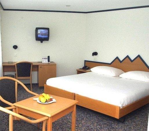 City Swiss Q Hotel Oberland : Guest Room