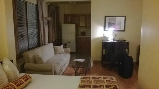 Dewitt Hotel & Suites : Room in DeWitt Place