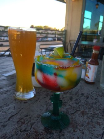 Javelina Cantina: Great drinks, great atmosphere...