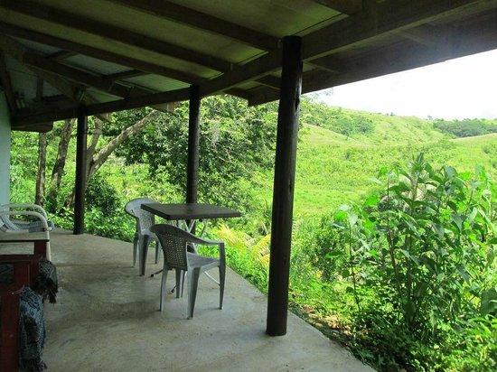 Teitei Permaculture Farm : Guest cottage porch