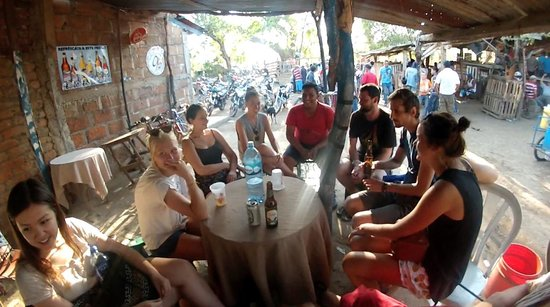 Latina Hostal: Hanging out during another awesome tour