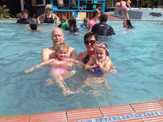 Waiwera Thermal Resort & Spa : Having fun!