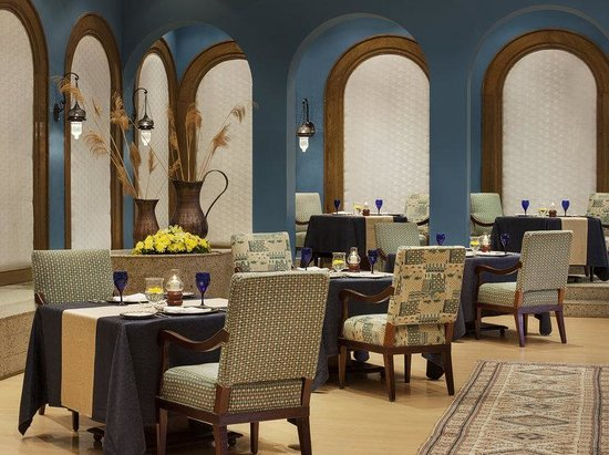The Oberoi Sahl Hasheesh: Zaafran - Indian cuisine restaurant