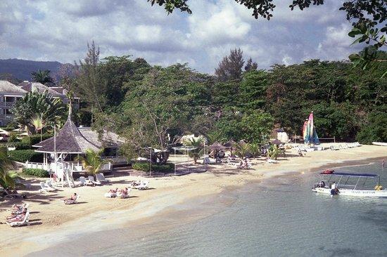 Couples Sans Souci: The Beach