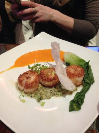 Ember : Scallop entree