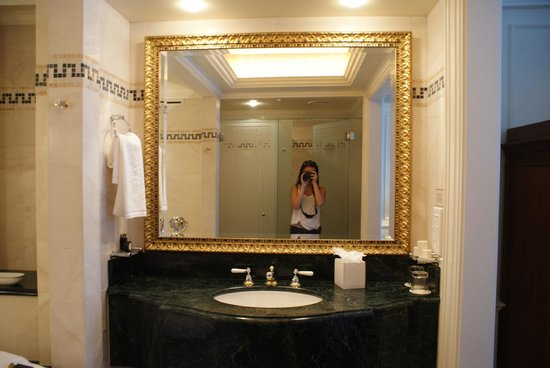 Bathroom 2 Picture Of Palazzo Versace Main Beach Tripadvisor