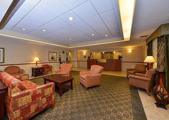 Comfort Inn & Suites Surprise: lobby
