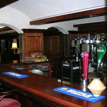 The Cedar Lodge Hotel : Cedar Lodge Hoteland Restaurant Ireland Bar
