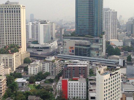 Column Bangkok : ロングバーからの眺め