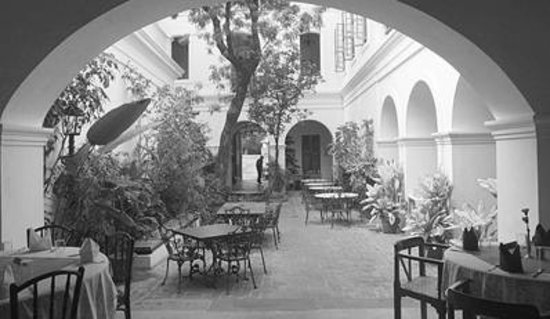 Neemrana's Carte Blanche : View from the Bar area