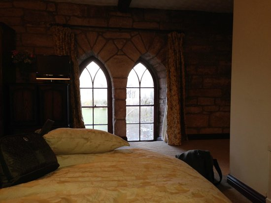 Stafford House : roomy and romantic room