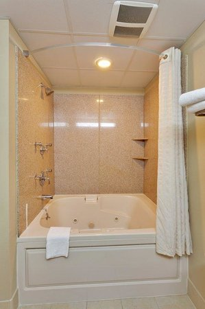 Country Inn & Suites By Carlson, Absecon (Atlantic City) Galloway: CountryInn&Suites AbseconGalloway Bathroom