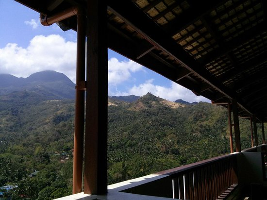 Tribal Hills Mountain Resort : what a view,..