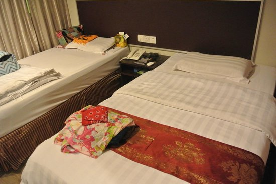 Goldenhill Hotel : Room