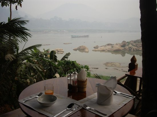 Mekong Riverview Hotel: Breakfast view