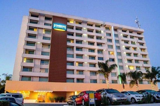 Staybridge Suites Guadalajara Expo: Hotel Exterior