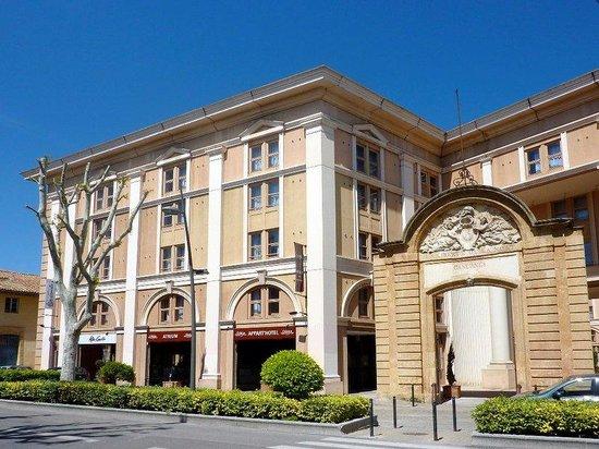 Appart'Hôtel Odalys L'Atrium : Exterior
